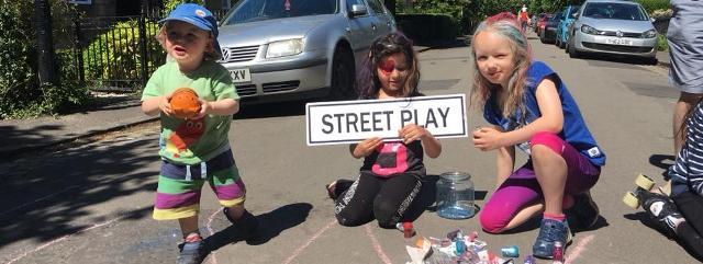 Street play 1
