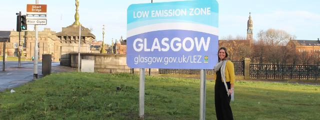 LEZ signs