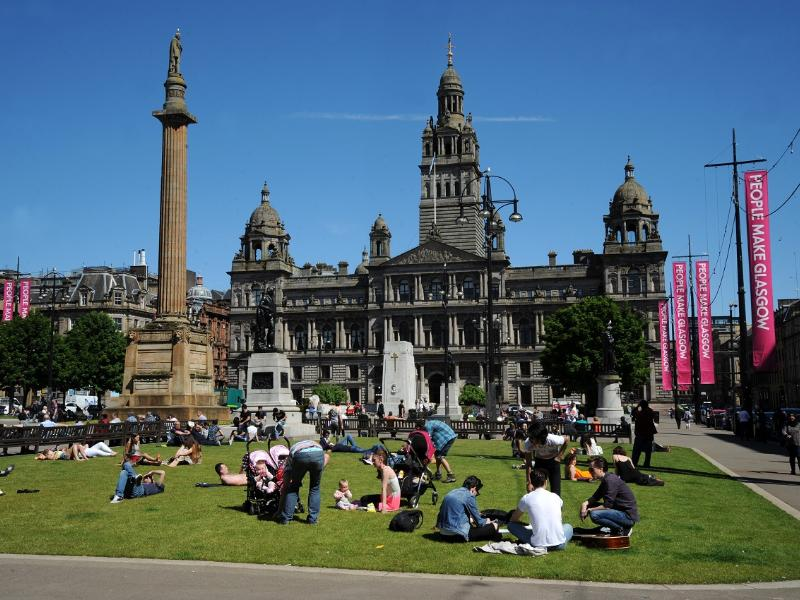 Conversation about George Square to begin