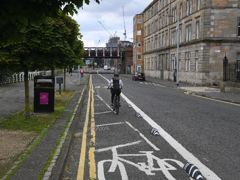 Broomielaw cycle lane complete 1